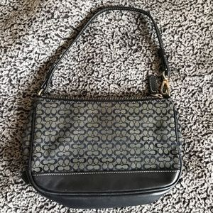 Vintage Coach mini shoulder purse bag